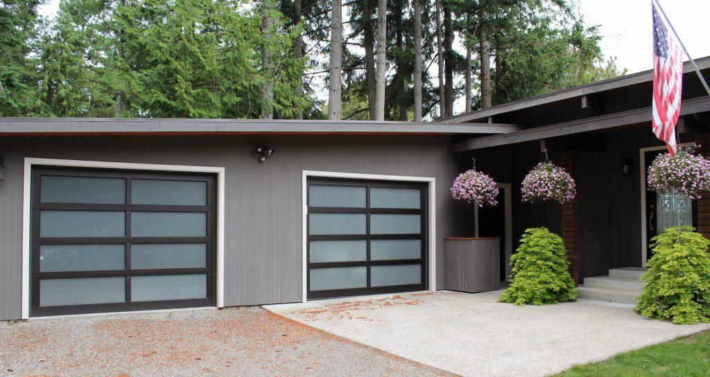 Contemporary Translucent Aluminium Frame Garage Doors