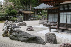 12 Zen Garden Ideas For Your Lovely Home