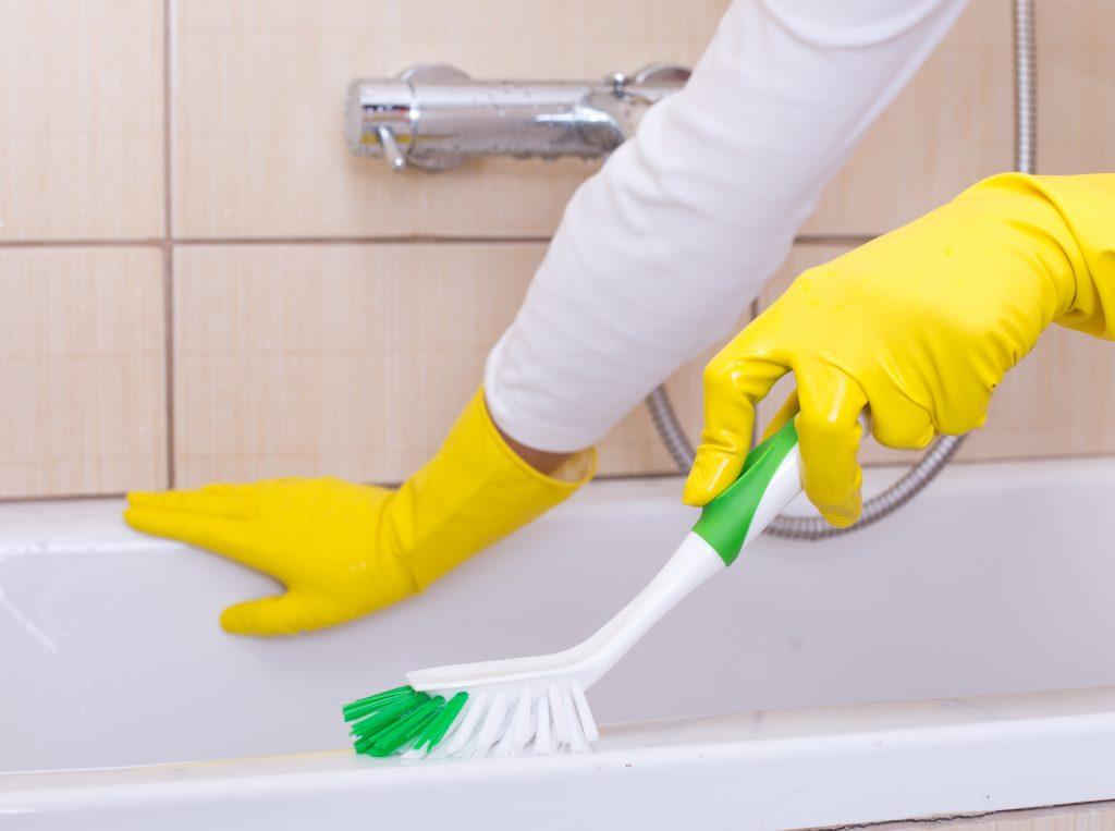 20 Amazing Bathroom Tub Scrubbers Of All Times