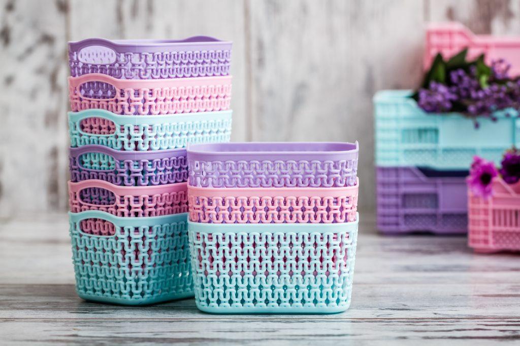 Miniature Colorful Plastic Baskets for Hou
