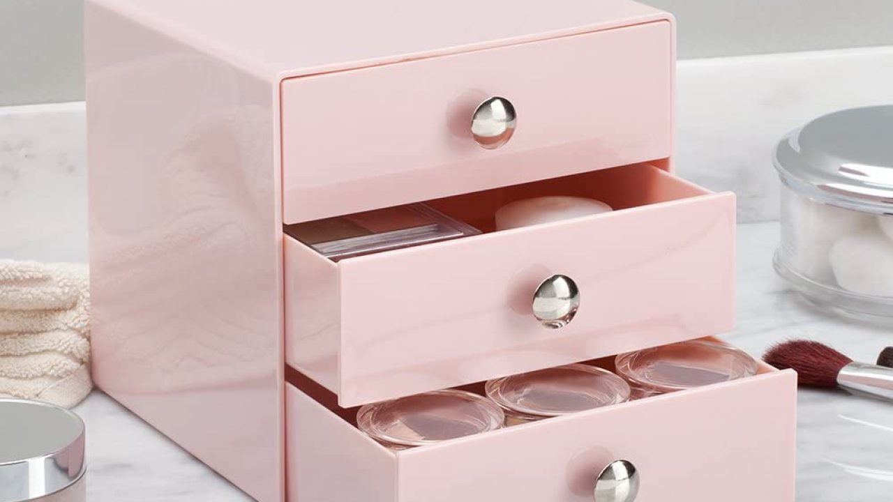Easy Tips to Organize Your Makeup Drawer Effectively