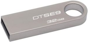 Kingston Digital DataTraveler SE9 32GB