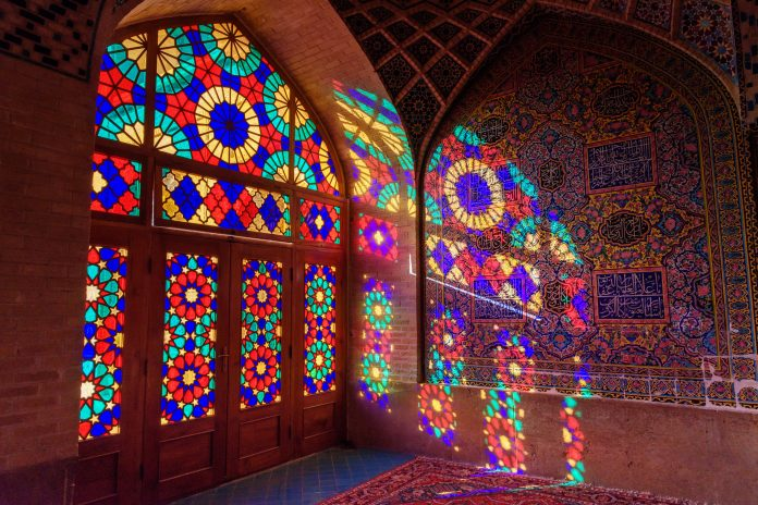 6 Best Stained Glass Ideas to Make Your Home More Stylish