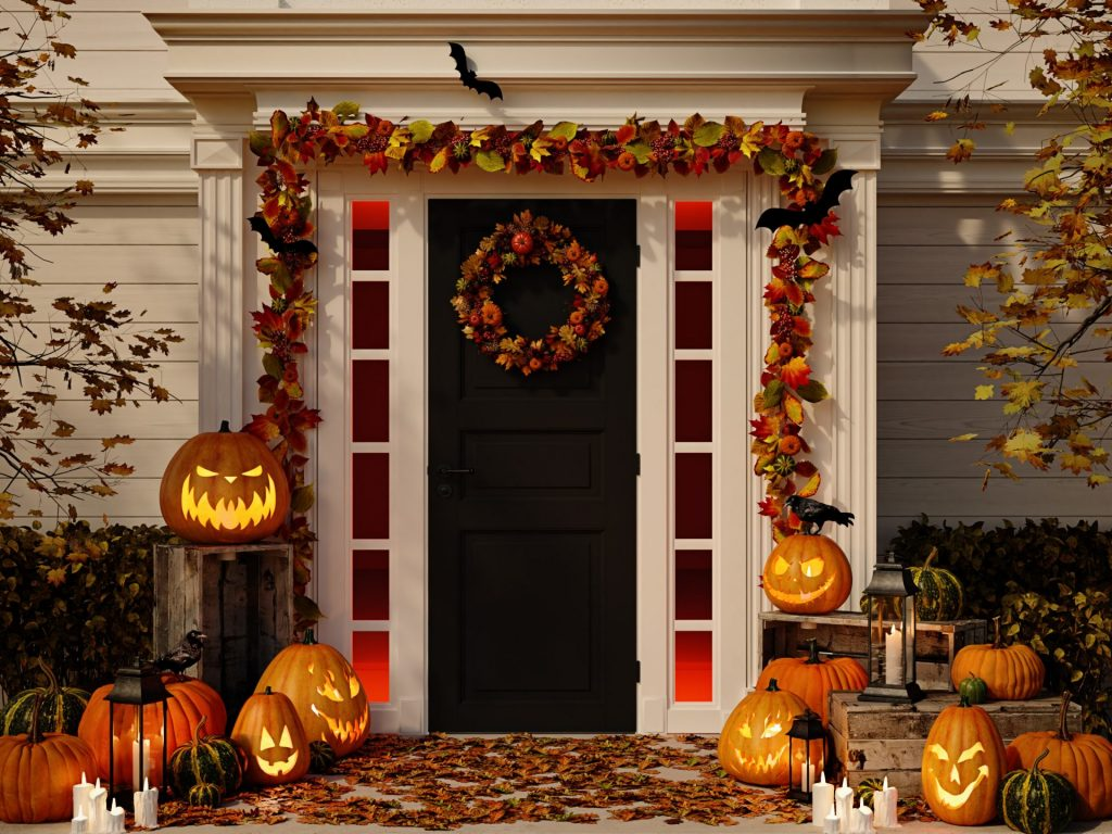 Use Autumn Colors To Decorate Your Doorway