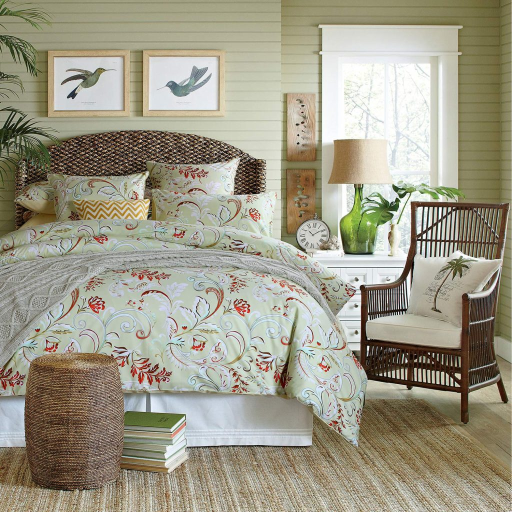 flowery bedsheets
