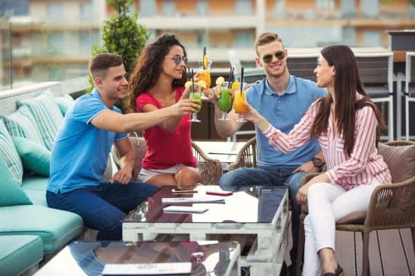 8 Outdoor Bar Ideas For A Chill Night Out