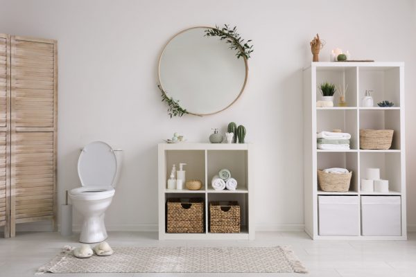 10 White Bathroom Ideas For An Absolute 'Me Time'