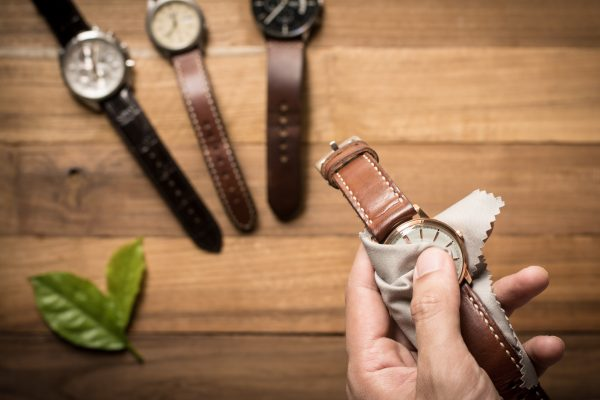 15 Leather Watch Bands For Style & Comfort
