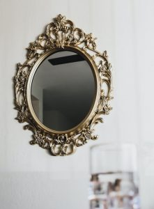 50 DIY Mirror Projects That Are Worth Trying