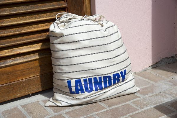 15 Best Hanging Laundry Bag To Conceal Your Dirty Clothes