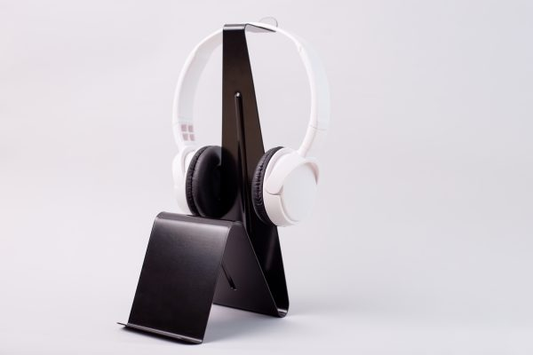 15 Best Headphone Stands and Holders for Music Lovers